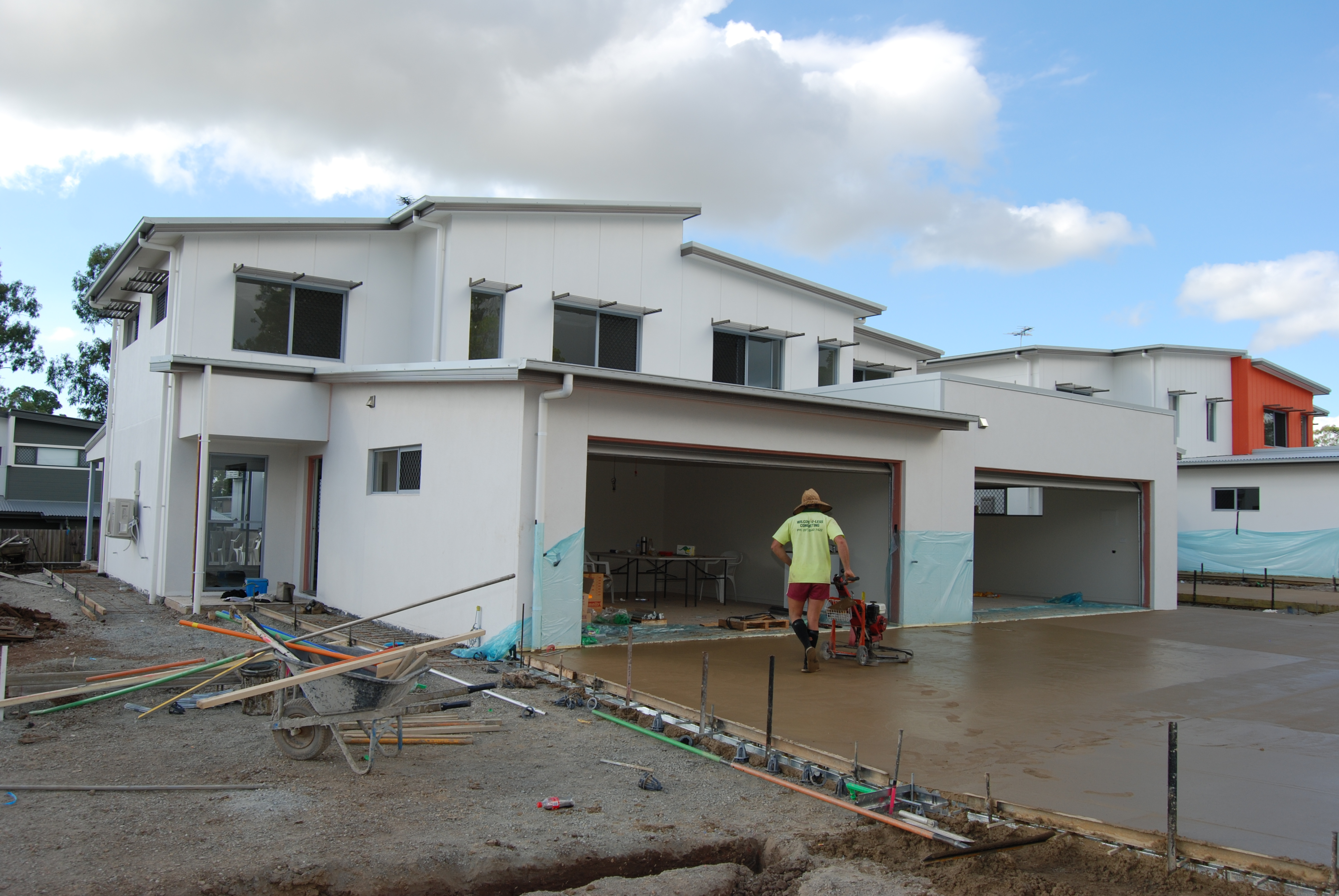 Work contiuned on the townhouse development this week, with the driveways started to be laid